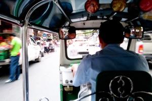 Bangkok_tuk_tuk_inside